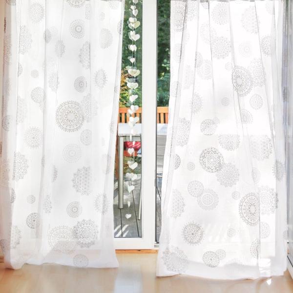 Gardine 'Mira' 145-300cm hoch, weiß bedruckt, 145cm breit